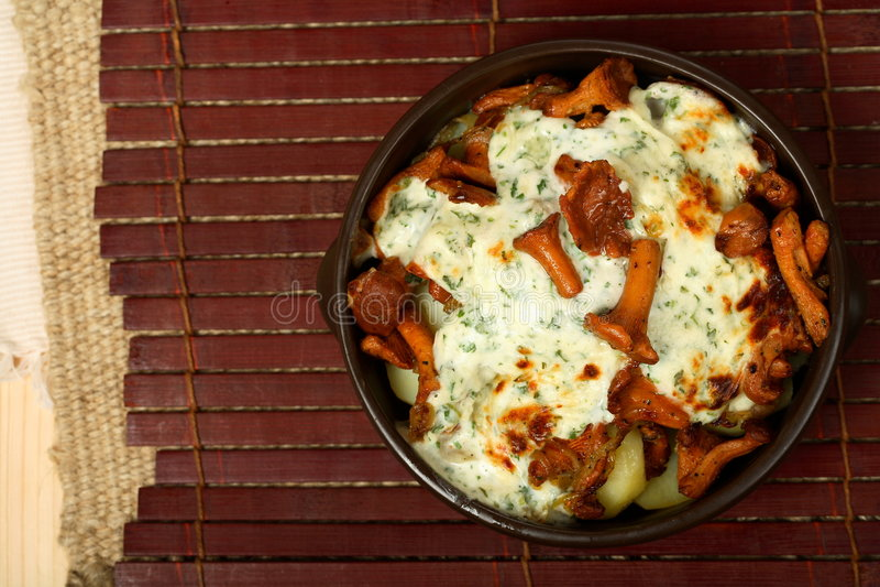 potrawka rozrasta się ziemniaki zdjęcie royalty free