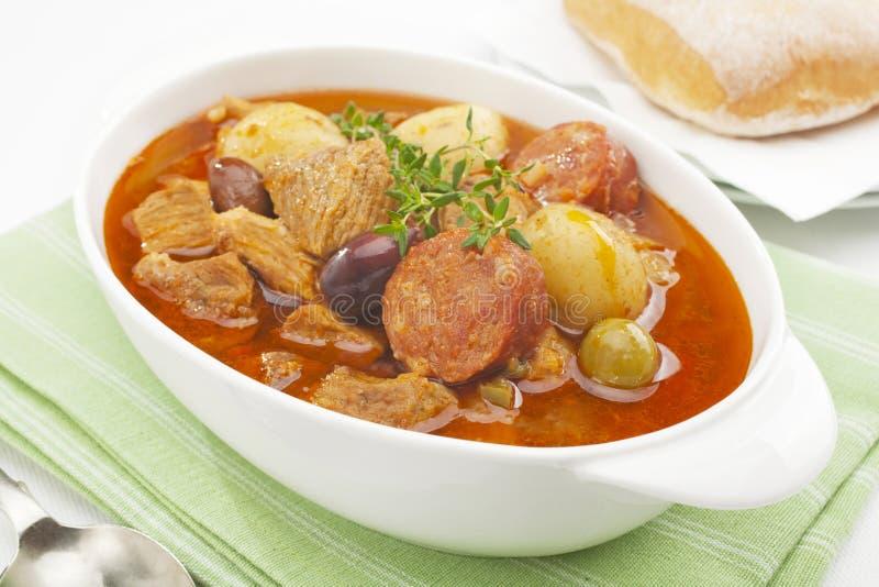potrawki chorizo wieprzowiny spanish gulasz fotografia stock