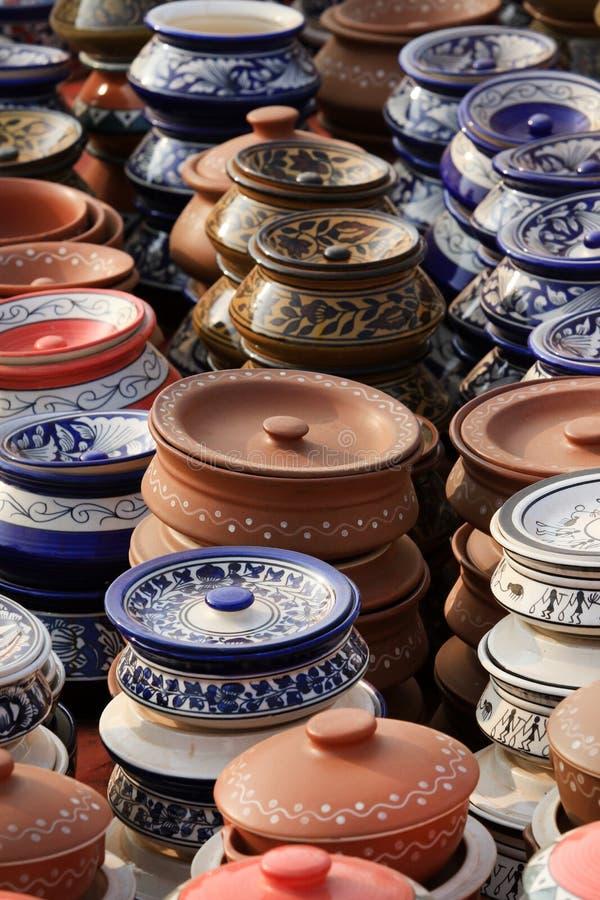 Pots chinois de conserves au vinaigre photographie stock