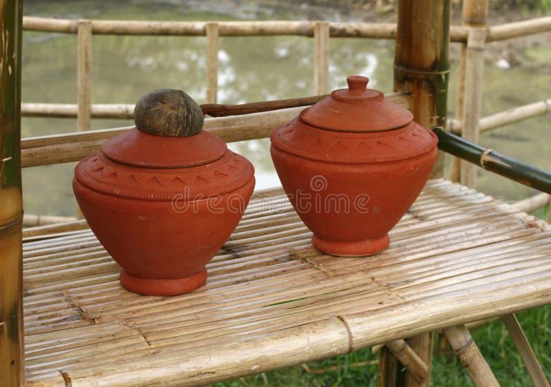 Pots de l'eau photographie stock libre de droits