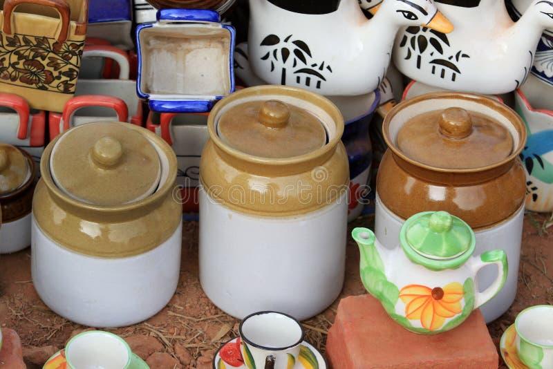 Pots indiens de conserves au vinaigre photographie stock libre de droits