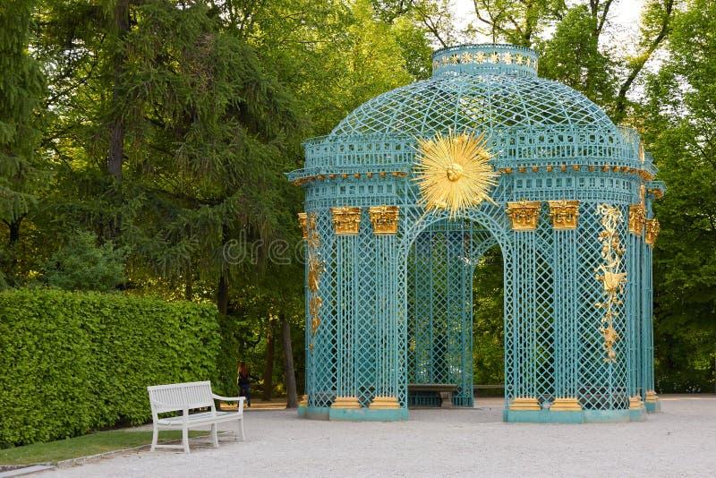 Potsdam Niemcy, Maj, - 28, 2014: Sanssouci pałac przy pogodnym summe obraz royalty free