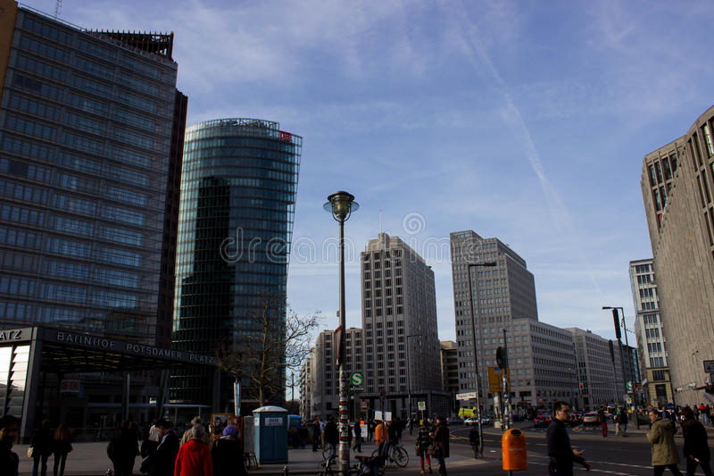 Potsdamer platz in Berlin lizenzfreie stockfotos