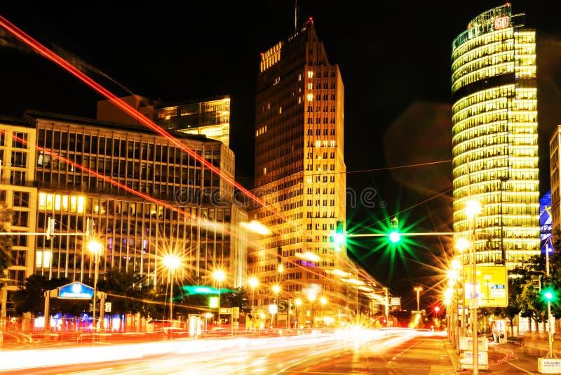 Potsdamer Platz von Berlin, Deutschland Blaue Farben stockfoto