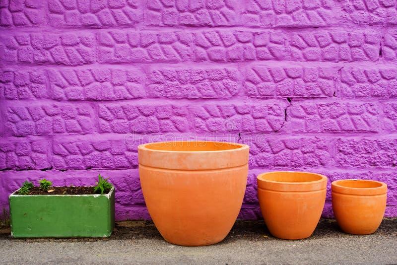 Download Potten #1 stock foto. Afbeelding bestaande uit ceramisch - 282270