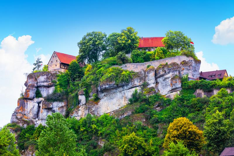 Pottenstein城堡在法兰克的瑞士,德国 免版税库存图片
