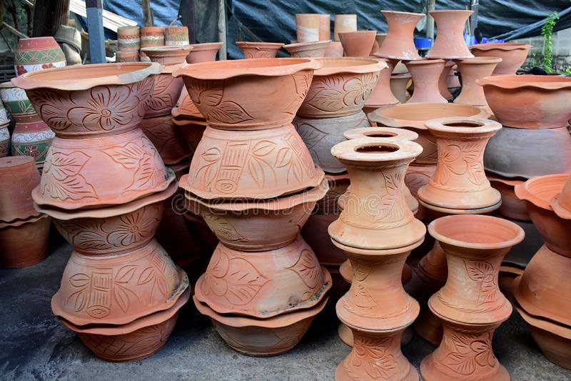 Potteries na fábrica da cerâmica imagens de stock royalty free