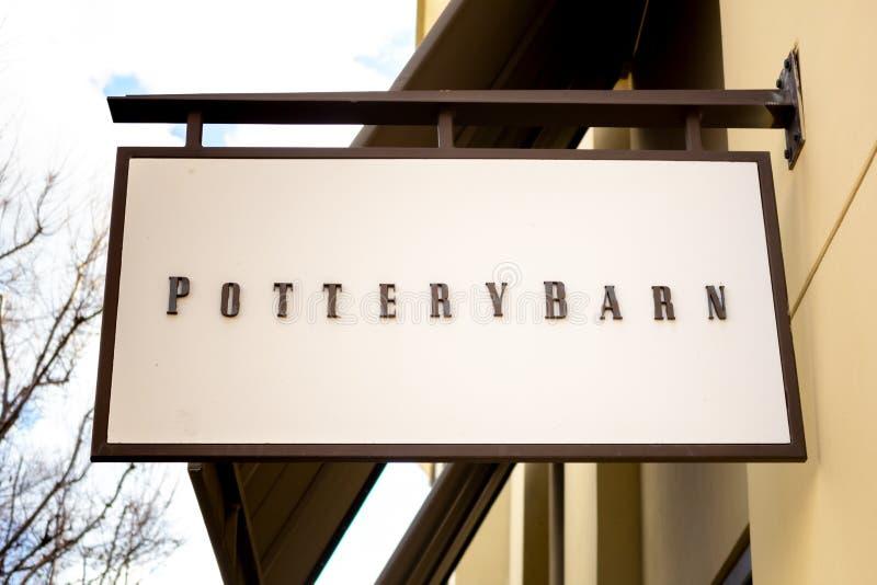 Pottery Barn商店标志 库存图片
