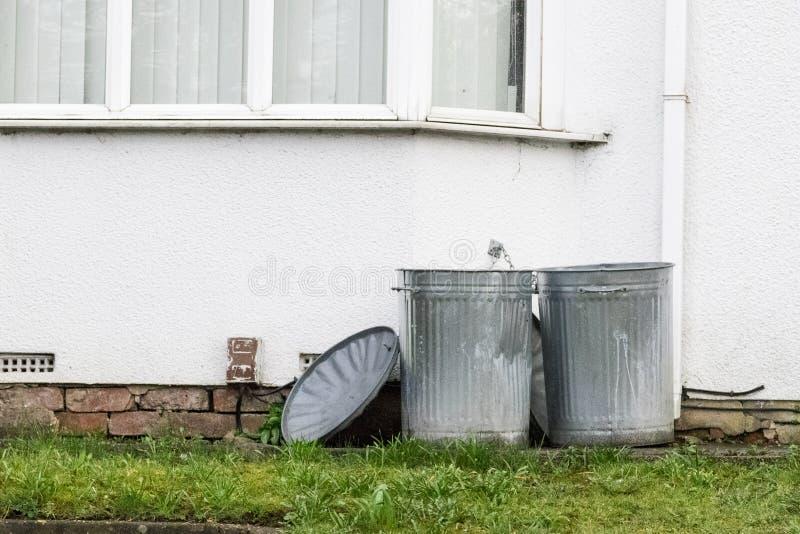 poubelles photo libre de droits