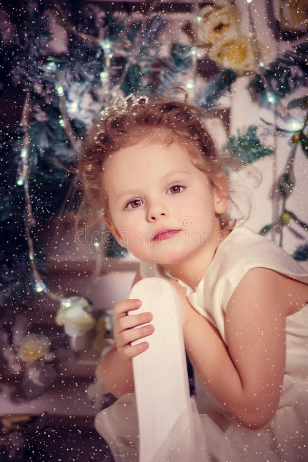 Pouca princesa do inverno imagens de stock royalty free