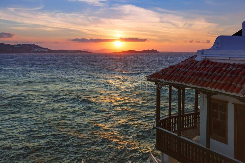 Pouca Veneza no por do sol na ilha Mykonos, Grécia imagens de stock royalty free