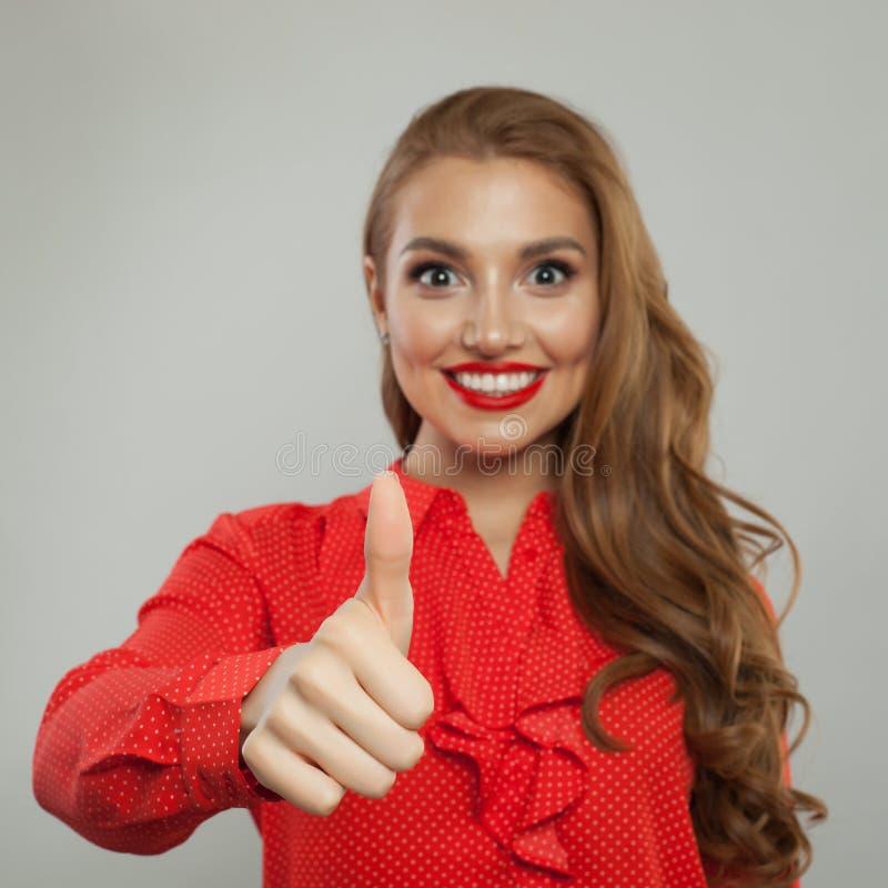 Pouce vers le haut Pouce heureux d'apparence de main de femme  photos libres de droits