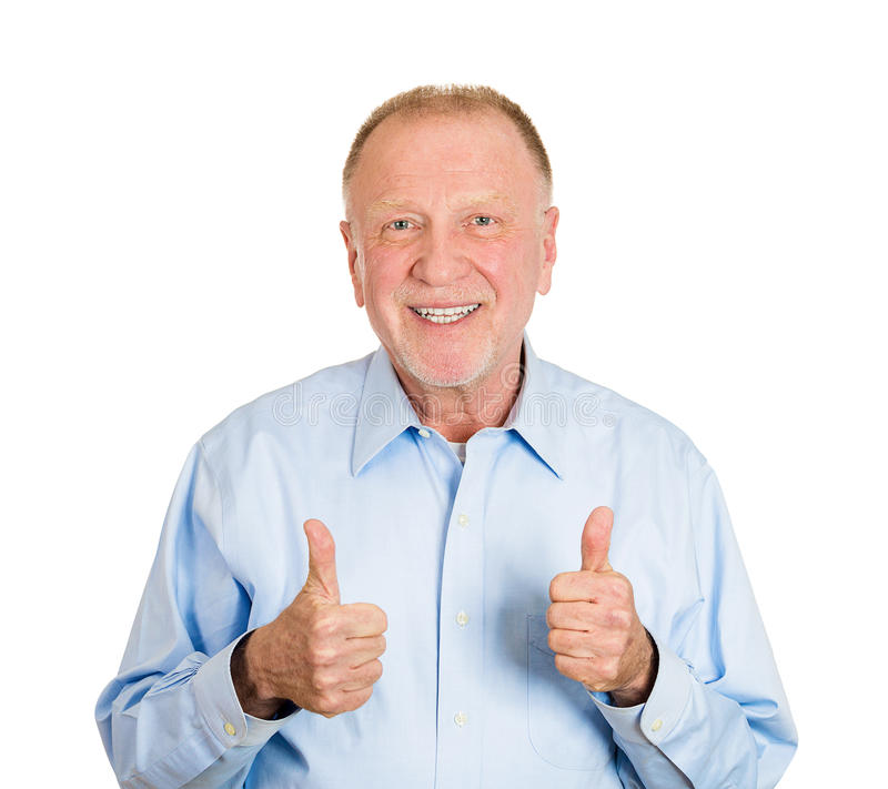 Pouces vers le haut de vieil homme photos stock