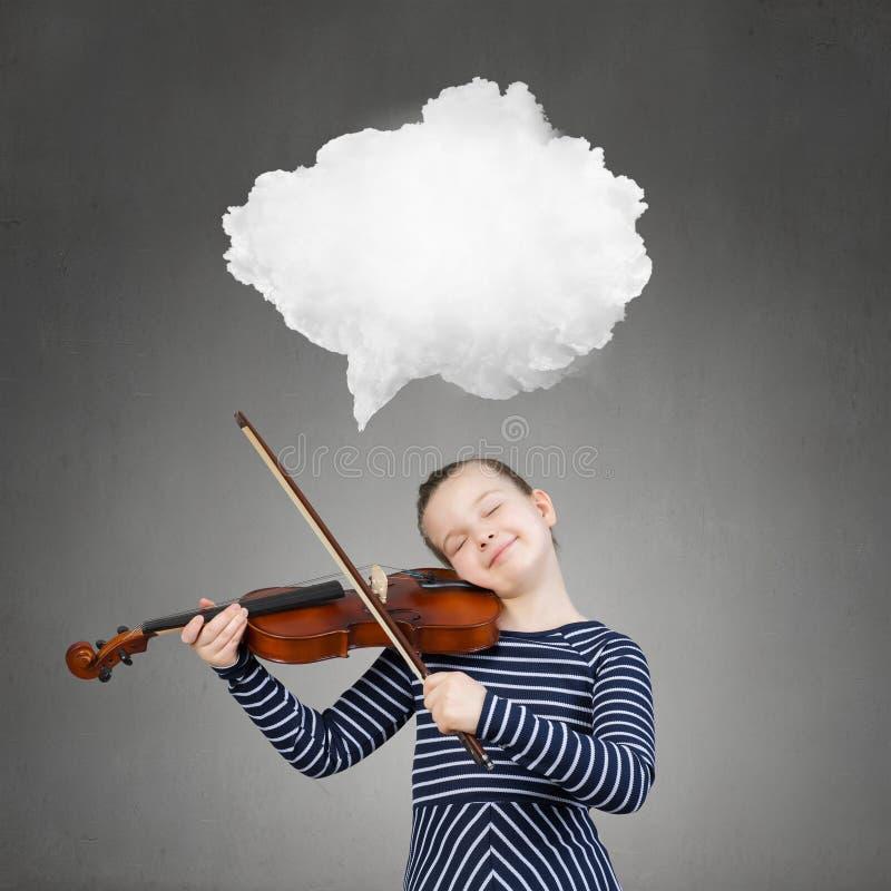 Pouco jogador do violino fotografia de stock royalty free