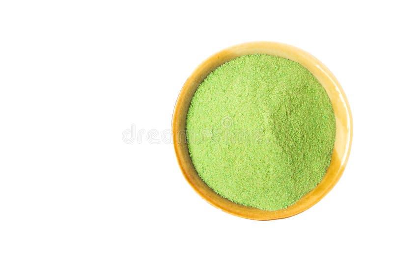 Poudre de thé de matcha de vert de vue supérieure de plan rapproché dans la cuvette d'isolement sur le whi photos libres de droits