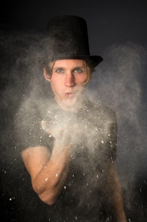 Poudre magique photographie stock libre de droits