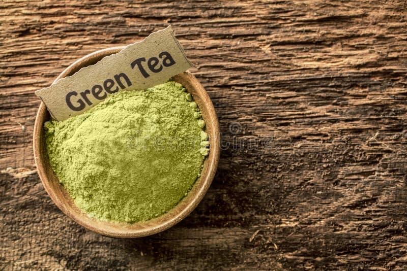 Poudre moulue de thé vert image stock