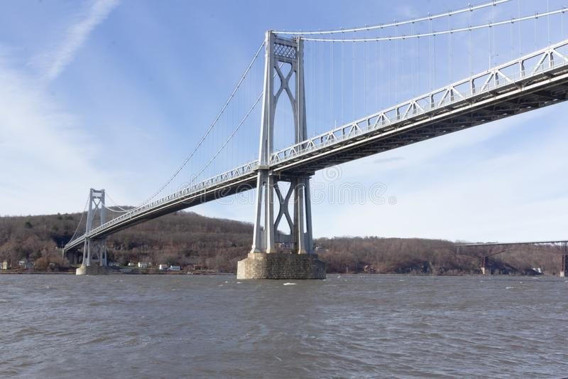 Poughkeepsie, NY / Stati Uniti - nov 29.2019: Un'immagine del Ponte Mid-Hudson di Franklin Delano Roosevelt, una sospensione d'ac fotografia stock libera da diritti