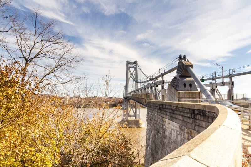 Poughkeepsie, NY / Stati Uniti - nov 29.2019: Un'immagine del Ponte Mid-Hudson di Franklin Delano Roosevelt, una sospensione d'ac immagine stock