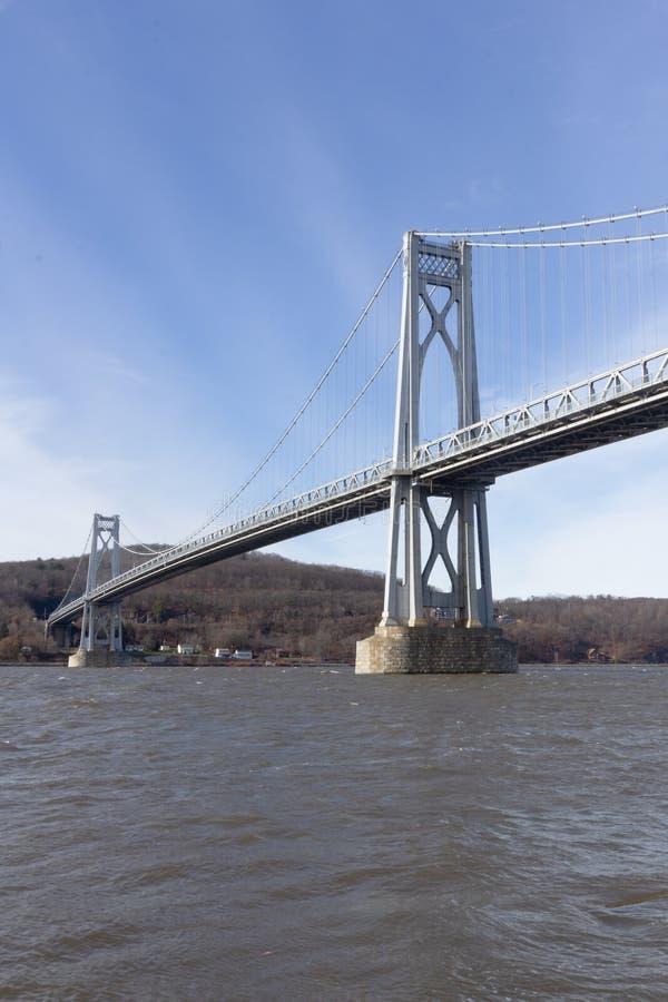 Poughkeepsie, NY / Stati Uniti - nov 29.2019: Un'immagine del Ponte Mid-Hudson di Franklin Delano Roosevelt, una sospensione d'ac fotografia stock