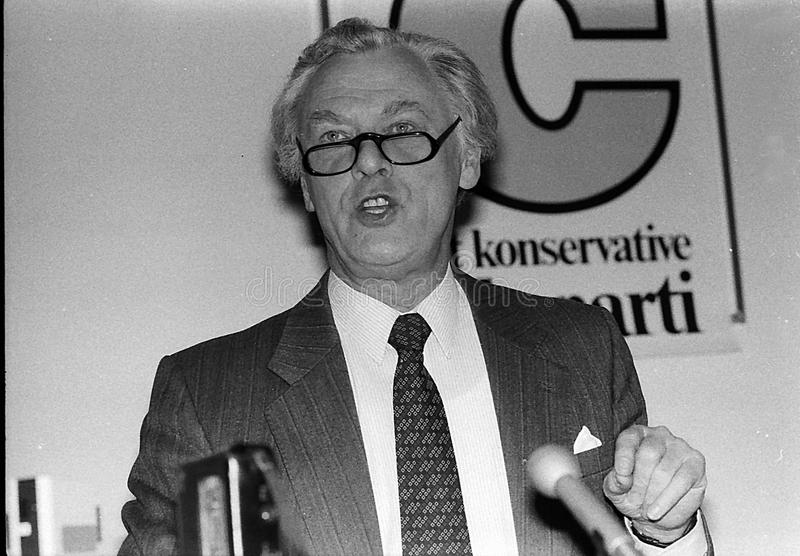 POUL SCHL�TER _PRIME MINISTER DURING ELECTIONS. Copenhagen / Denmark - 19..May 1988.Poul Schl�ter prime miniter and consertive party leader press stock photo