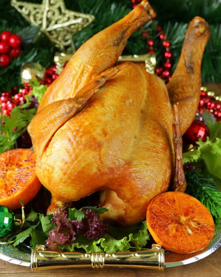 Poulet cuit au four pour le dîner de fête, Noël photographie stock