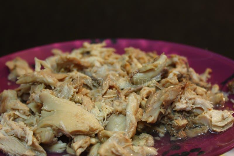 Poulet cuit déchiqueté photos stock