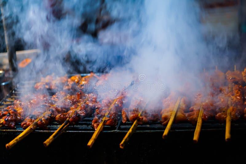 Poulet rôti et poulet grillé photo libre de droits