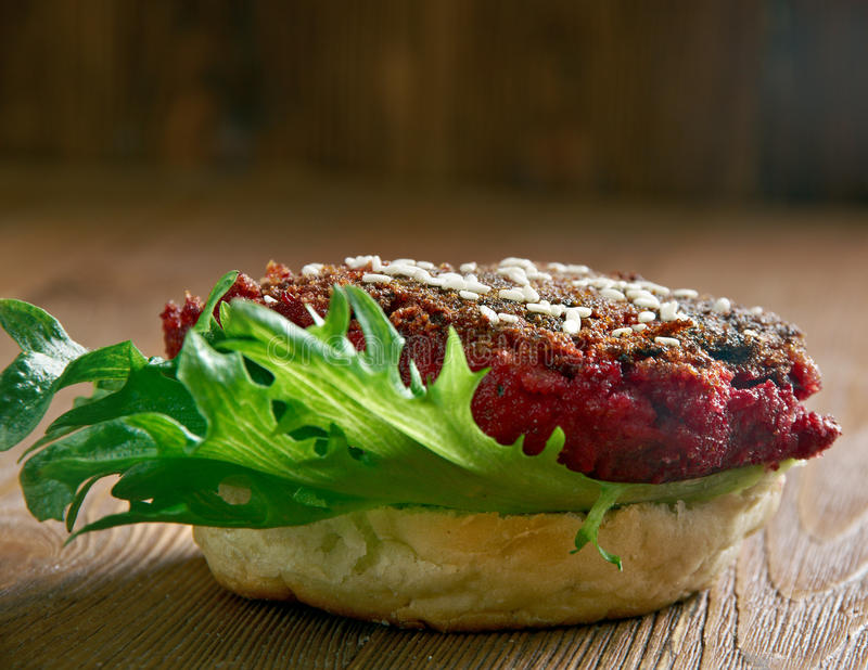 Pounder τετάρτων Burger τεύτλων στοκ εικόνες με δικαίωμα ελεύθερης χρήσης