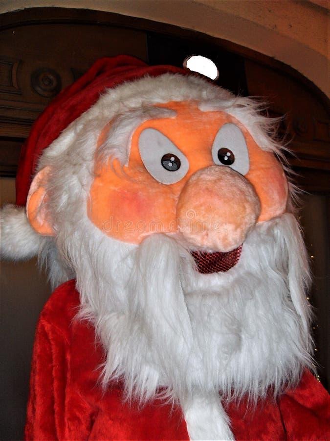 Poupée de Santa Claus dans la pleine taille photographie stock