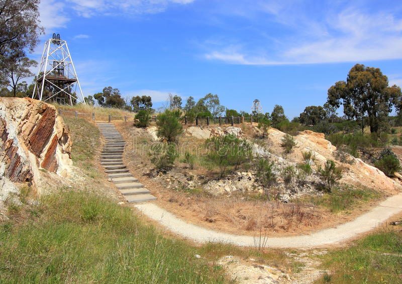 Poupées d'extraction de l'or dans le pays Victoria, Australie image libre de droits
