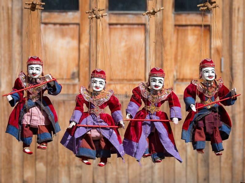 Poupées de tradition de Myanmar de marionnette de ficelle images libres de droits