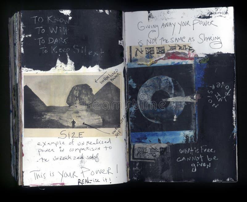 Pour connaître le collage fait main Art Journal de la sagesse folle de l'artiste photographie stock