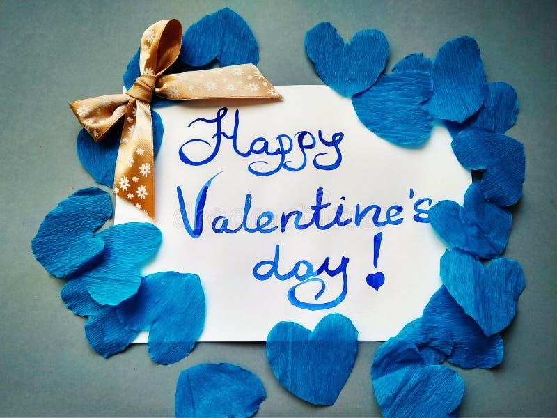 Pour la Saint-Valentin et les coeurs heureux d'inscription de Saint-Valentin photo stock