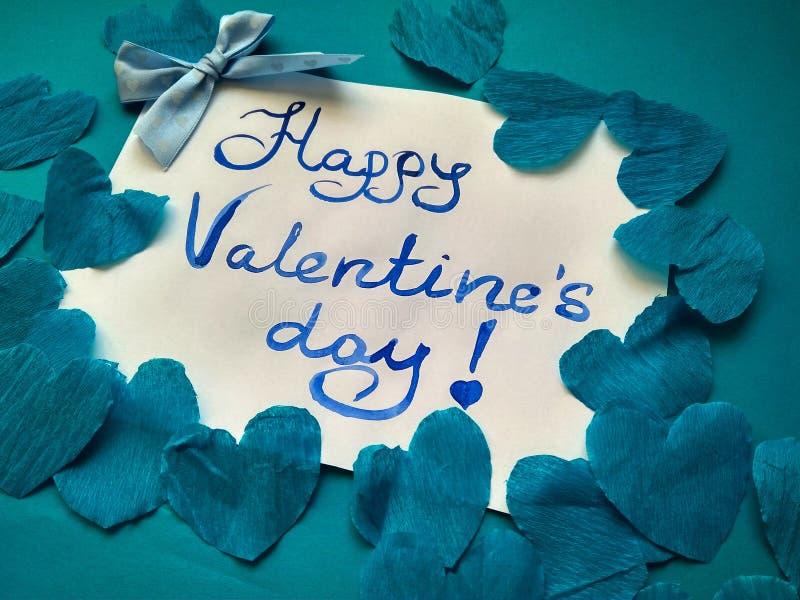 Pour la Saint-Valentin et les coeurs heureux d'inscription de Saint-Valentin image libre de droits