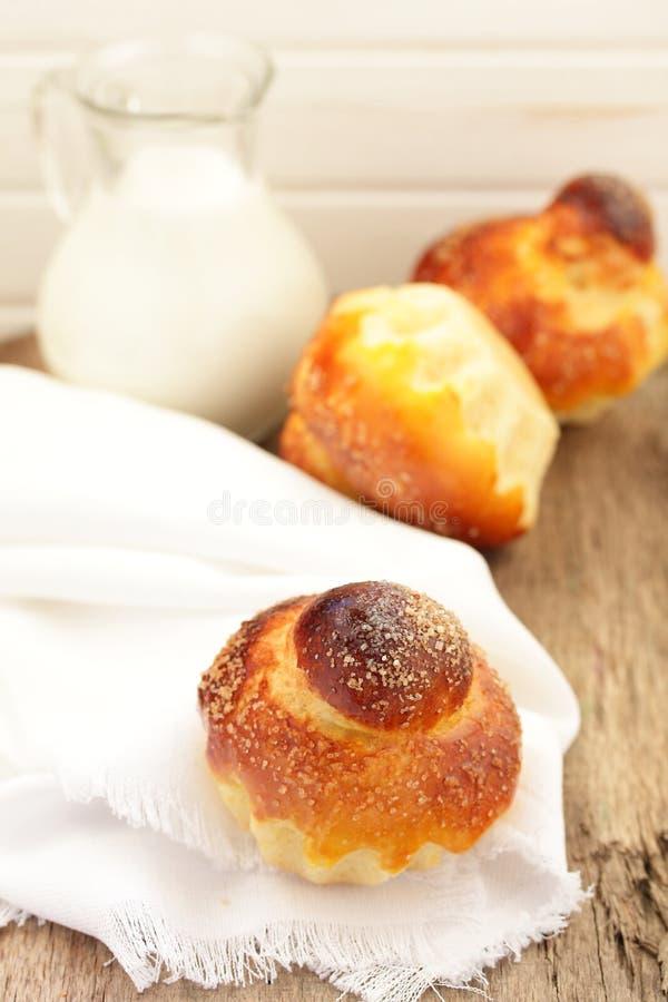 Pour le petit pain de brioche. photographie stock