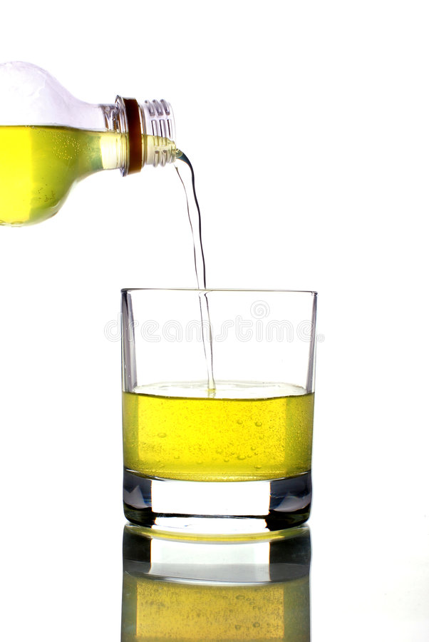 Free Pouring Juice Into Cup Stock Photography - 7844602