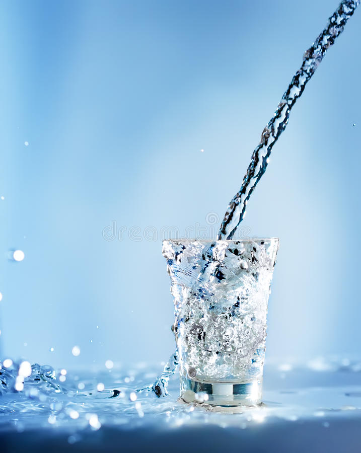 Free Pouring Water Into Glass Royalty Free Stock Images - 18874129