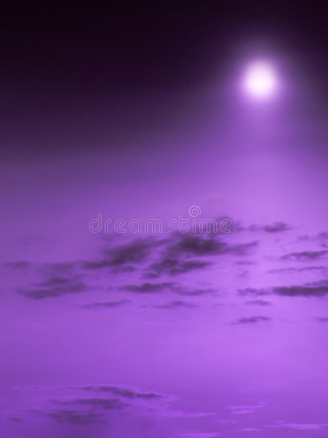pourpre de ciel photos libres de droits