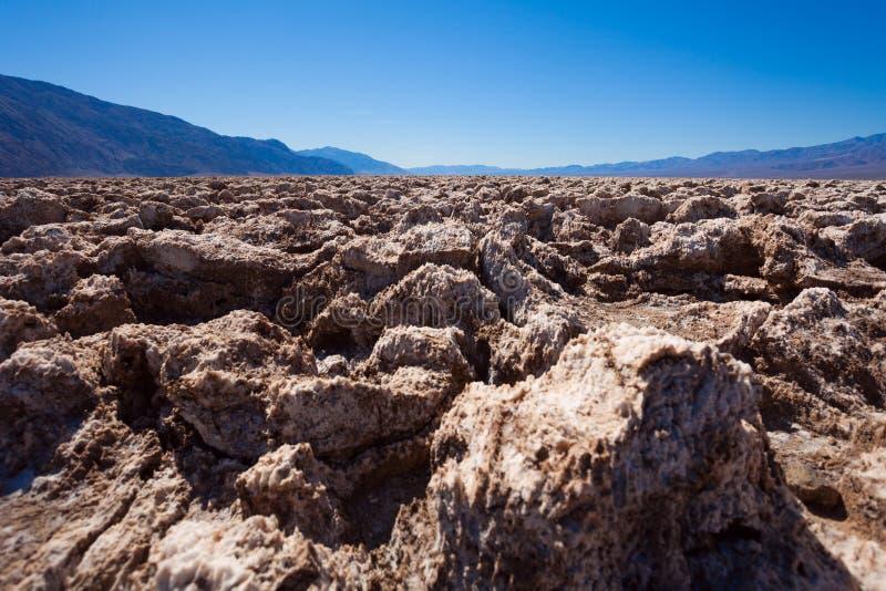 Pousse étroite des pierres de sel dans Death Valley photographie stock libre de droits