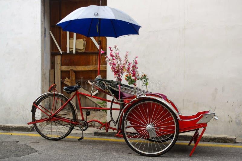 Pousse-pousse local de classique en George Town, Penang en Malaisie image stock