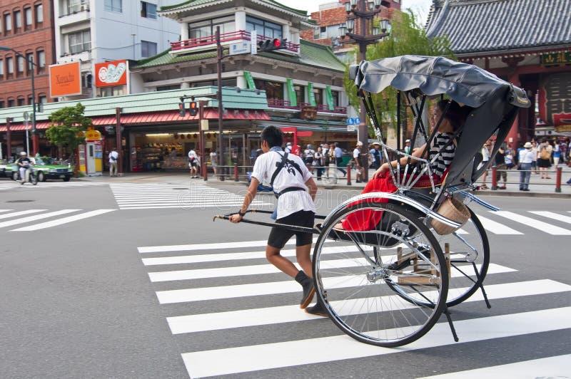 Pousse-pousse, transport de Japonais photos stock