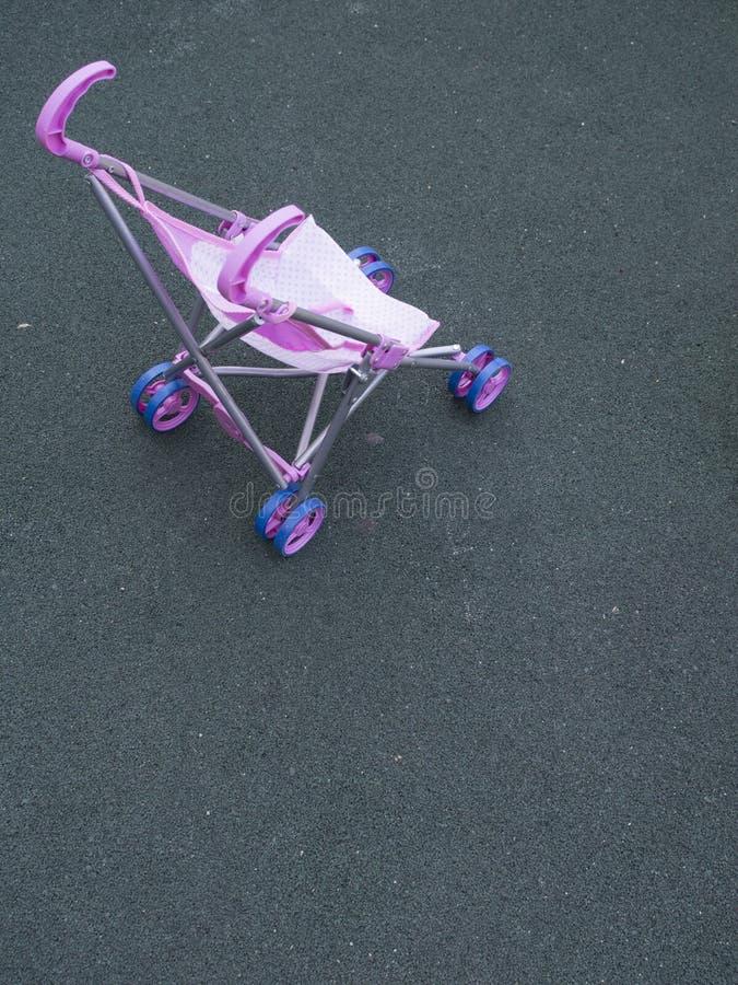 Poussette de jouet photographie stock libre de droits