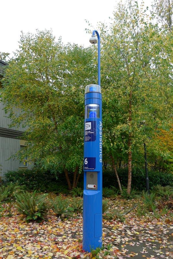 Poussez l'aide Kiosque de téléphone de secours dans UBC images stock