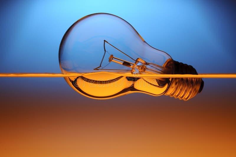 Pouvoir électrique et hybride image libre de droits