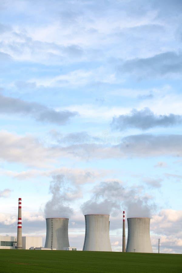 pouvoir de centrale nucléaire photos libres de droits
