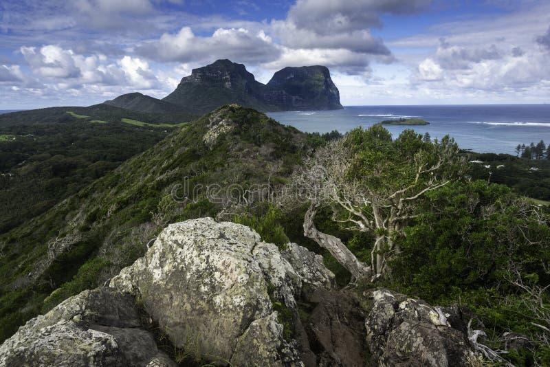 POV över Lord Howe Island från den Malabar kullen arkivbilder