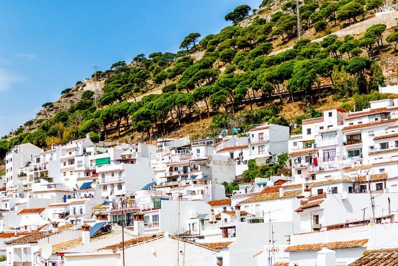 Povoado ind?geno de Mijas, a vila branca encantador de Costa del Sol, Andalucia, Espanha imagens de stock royalty free