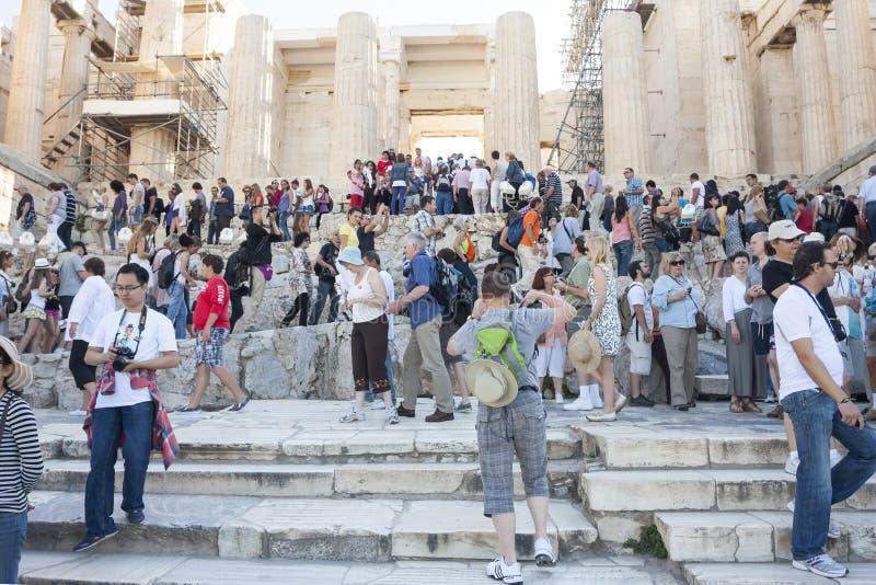 Povos Athena Nike Temple sightseeing em Grécia foto de stock royalty free