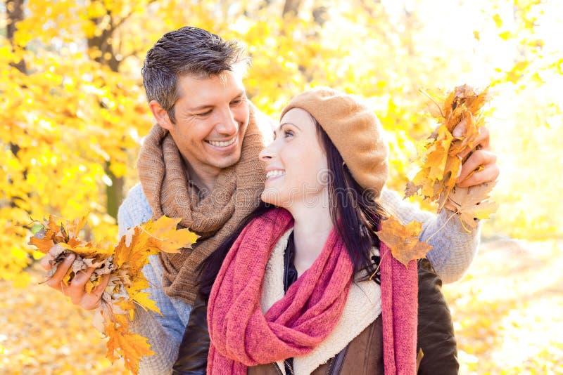 Povos da queda do outono imagens de stock royalty free